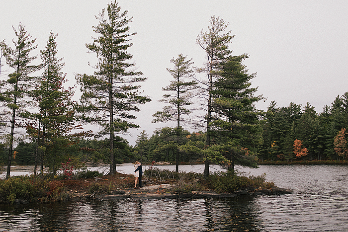 richelle-and-justin-muskoka-engagement-080.jpg