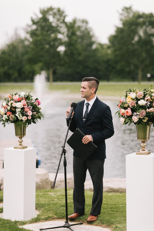 mike-and-jenni-wedding-200.jpg