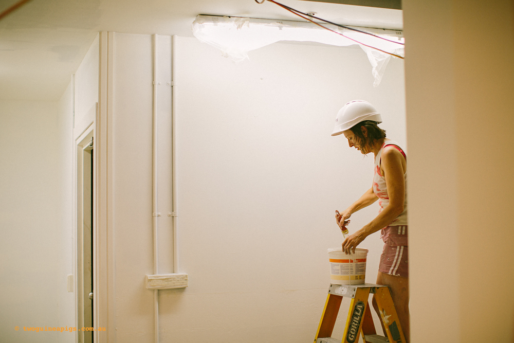 twoguineapigs_ppvh_behind-the-scenes_build_painting_1500-47.jpg