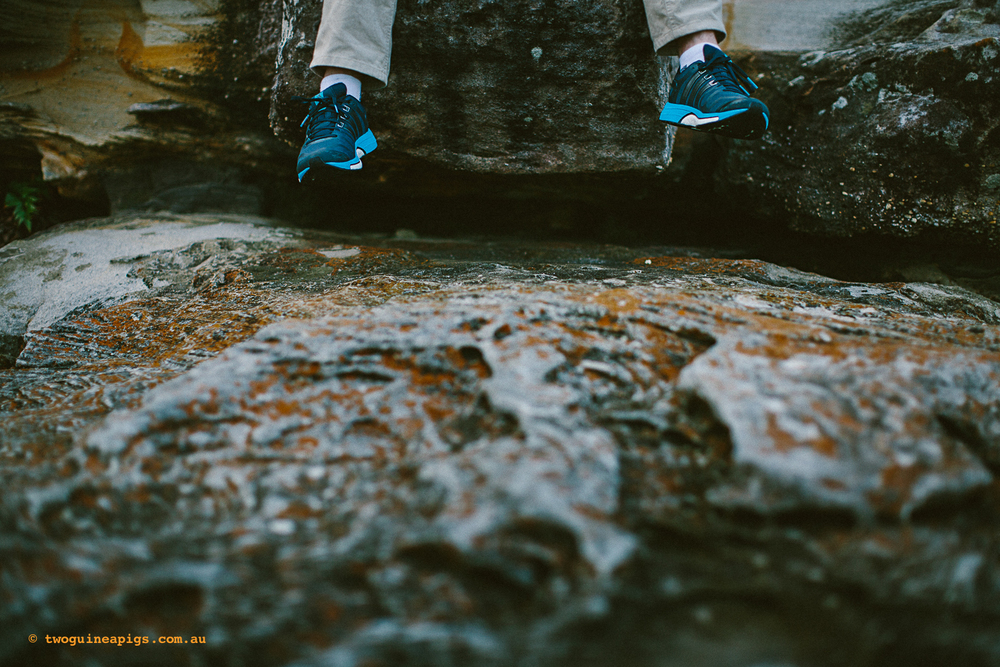 twoguineapigs_pet_photography_people_portrait_feet_rock_sydney_coastal_twilight