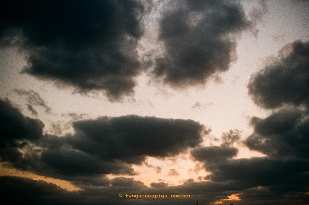 © twoguineapigs_jkblackwell_watsonsbay_fujifilms400_canonae1_1500-1.jpg