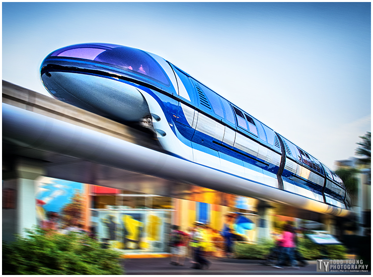 Monorail Downtown Disney - April 3, 2015