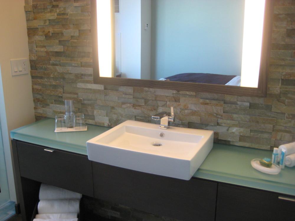 w scottsdale - typical guestroom bathroom