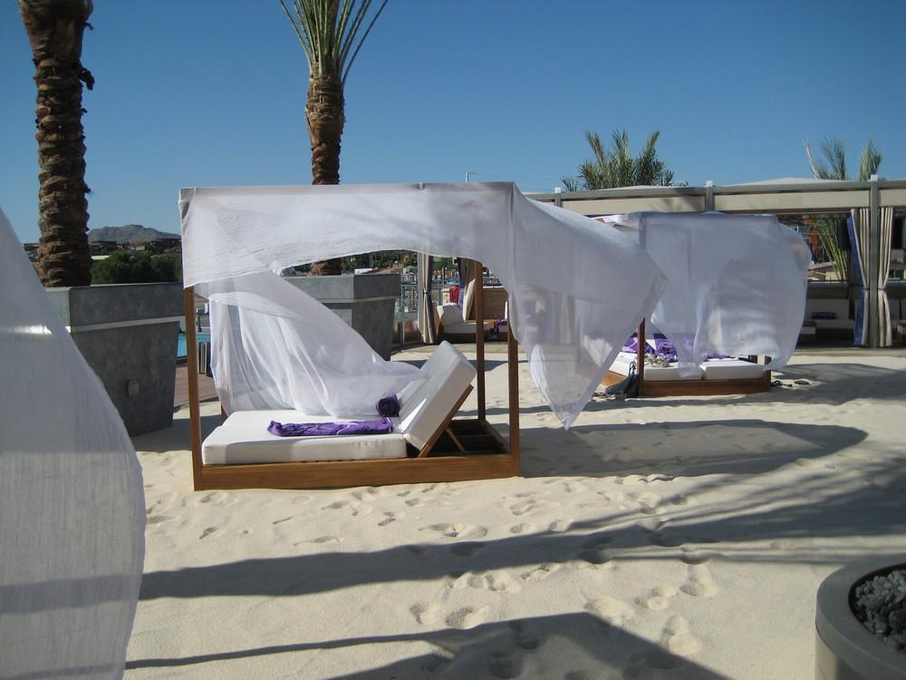 w scotsdale - pool deck - sand cabanas