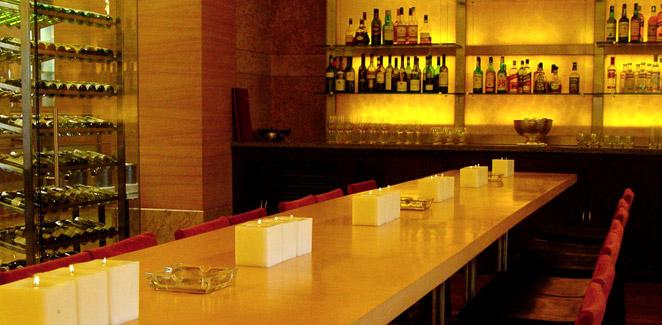grand hyatt mumbai wine bar