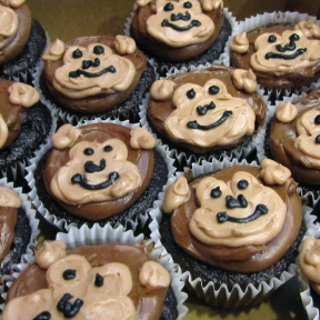 Monkey-Cupcakes.png