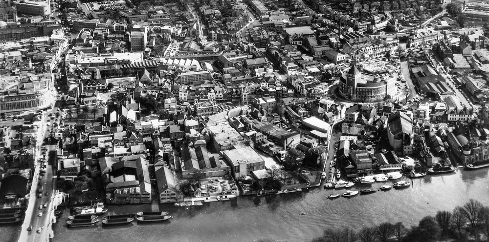 Kingston's riverfront c1960