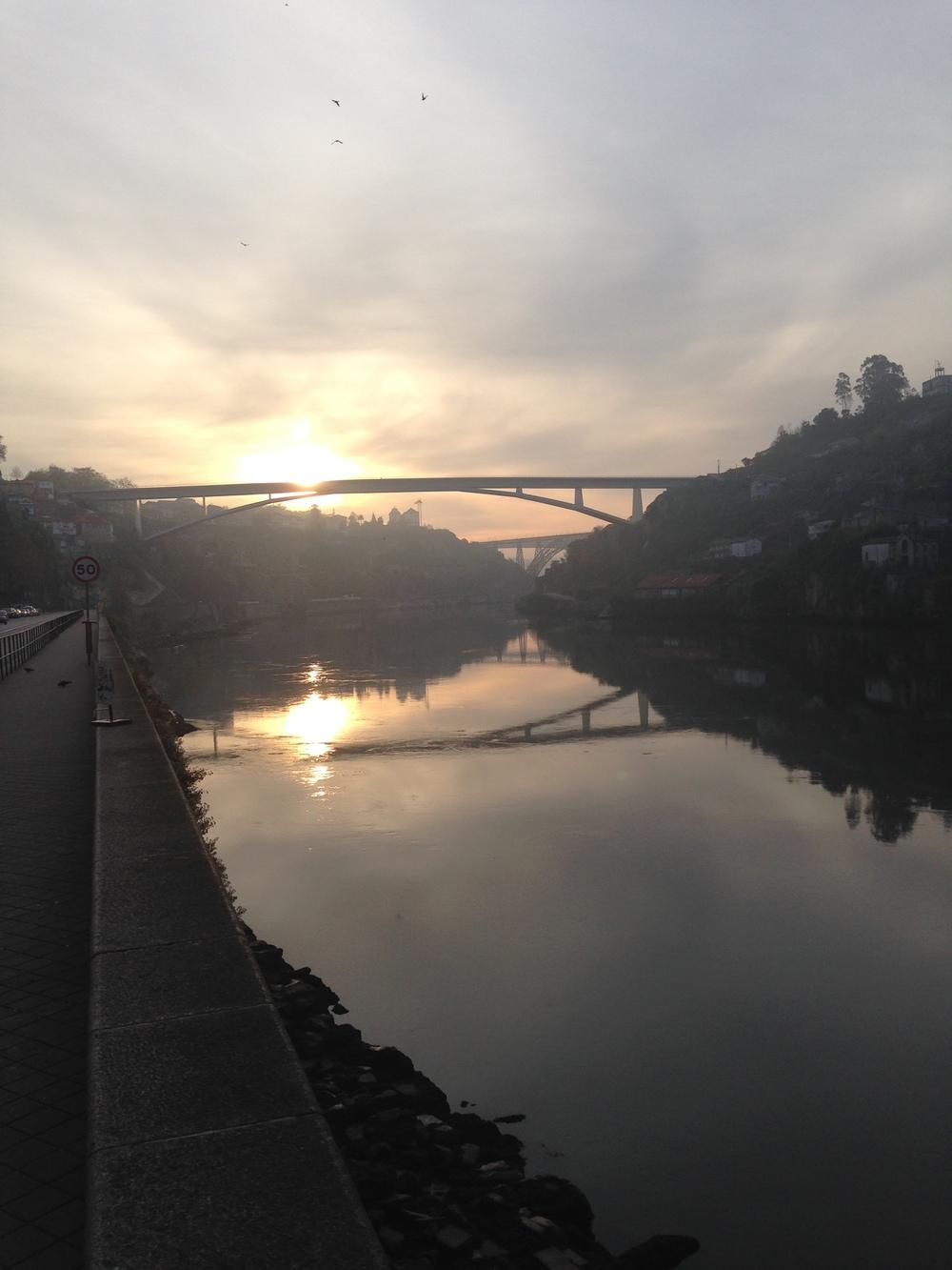 Morning run along Douro