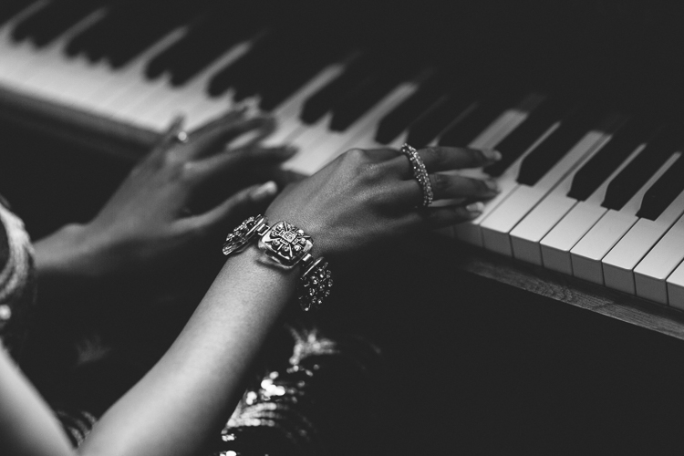 Black and White piano shot