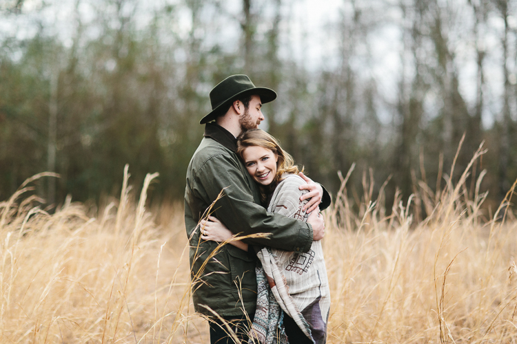 garden and gun inspired engagement portraits