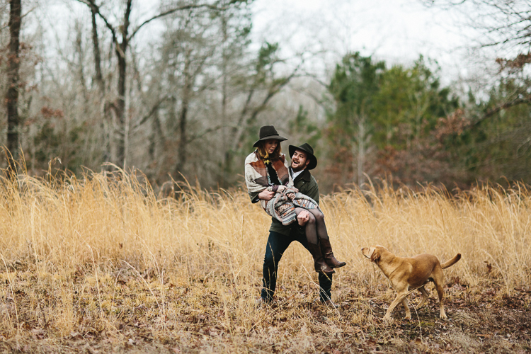 engagement portraits with dogs