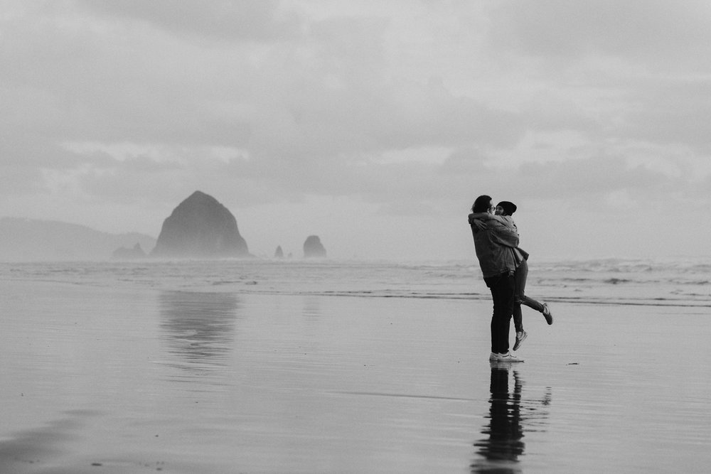 cannon-beach-engagement-oregon-84.jpg