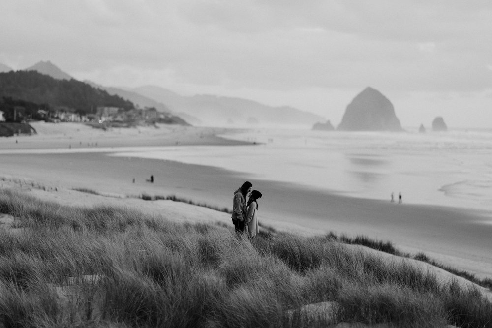 cannon-beach-engagement-oregon-112.jpg