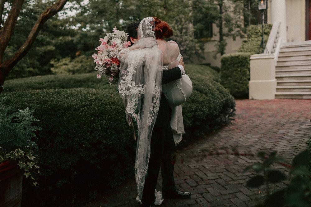 Michelle-Someplace-Wild-Destination-Wedding-Photographer-35.JPG