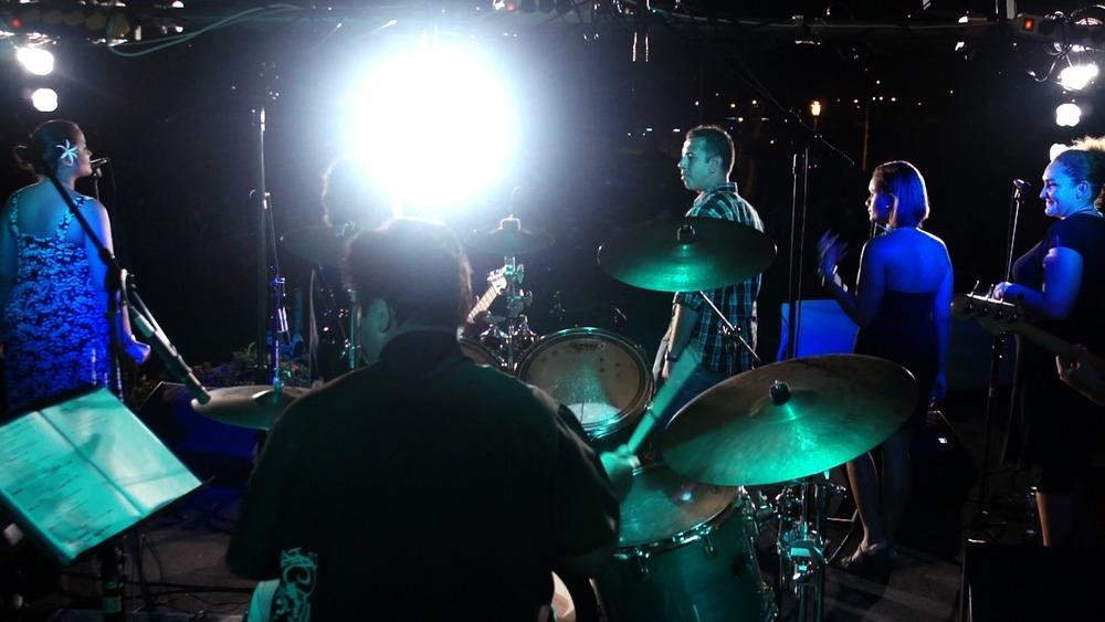 concert whytney 5.jpg
