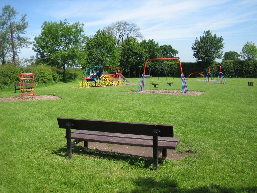 Haughton_play_park_20070602.jpg