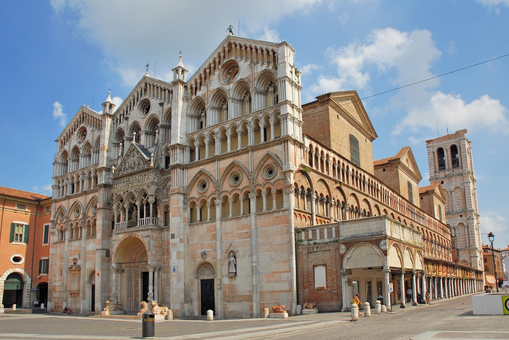 Saint-George-Cathedral-Ferrara.jpg