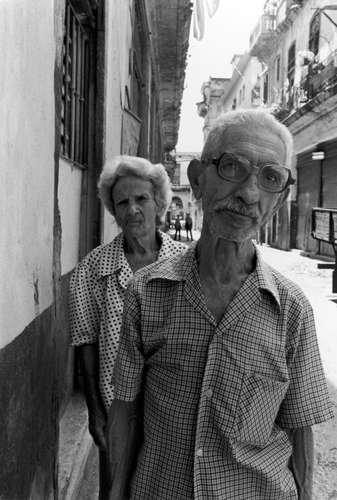 Cuba-Old-Couple-B.jpg