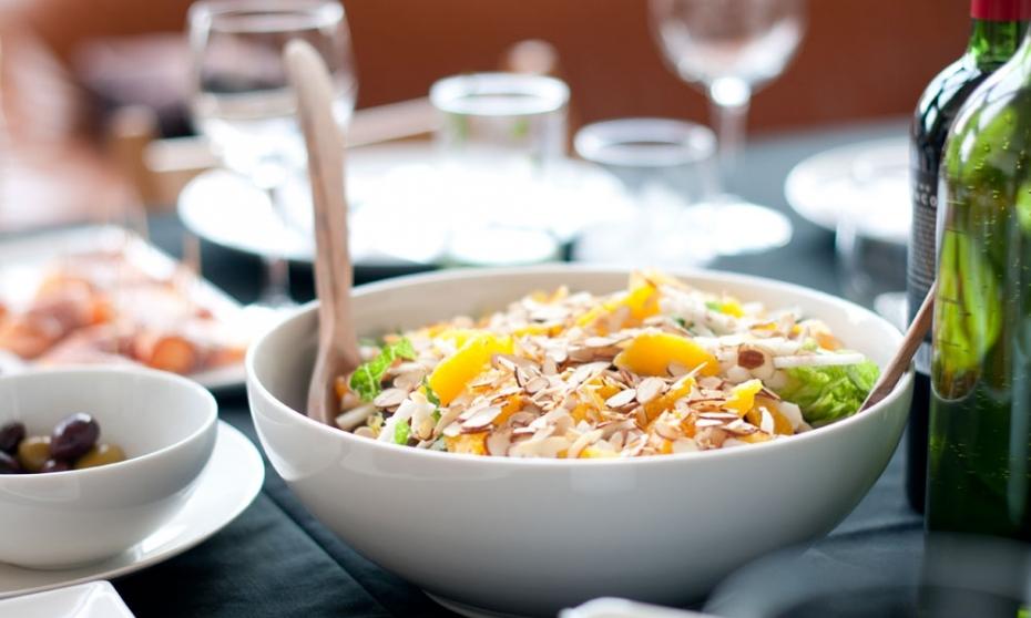 16002_salad_restaurant_2.jpg
