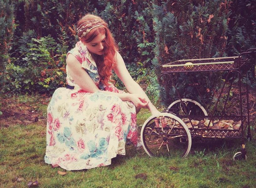 Amber_cart_w.jpg