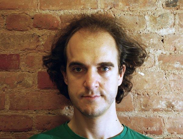 Carlos_J_Gomez_de_Llarena_portrait_05_2010b.jpg