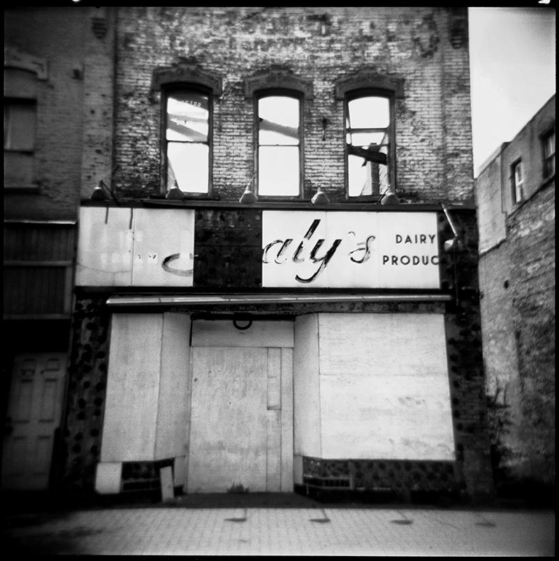 Isleys | 734 Braddock Avenue, Braddock PA