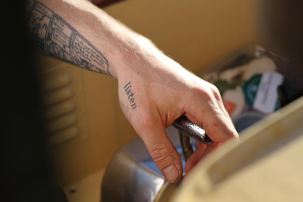 throttle hand 2.jpg
