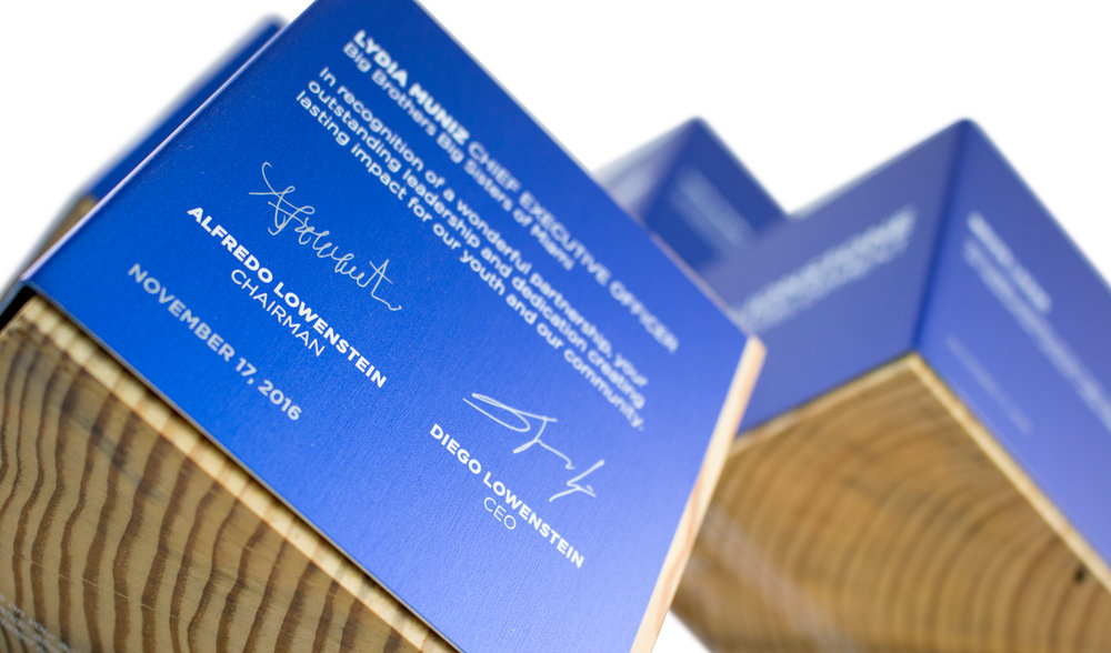 eco friendly corporate recognition recovered wood