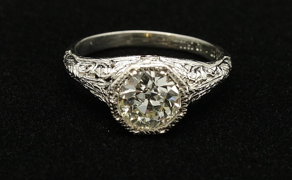 Antique Platinum Diamond 1.11cts