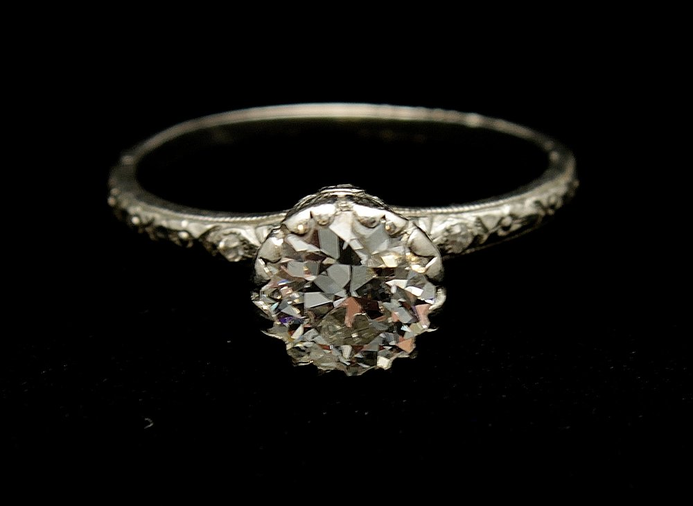Antique Platinum Diamond Old Mine Cut 1.25cts Ring