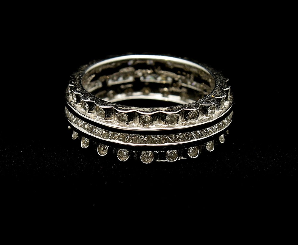 Vintage 14kt Diamond Band