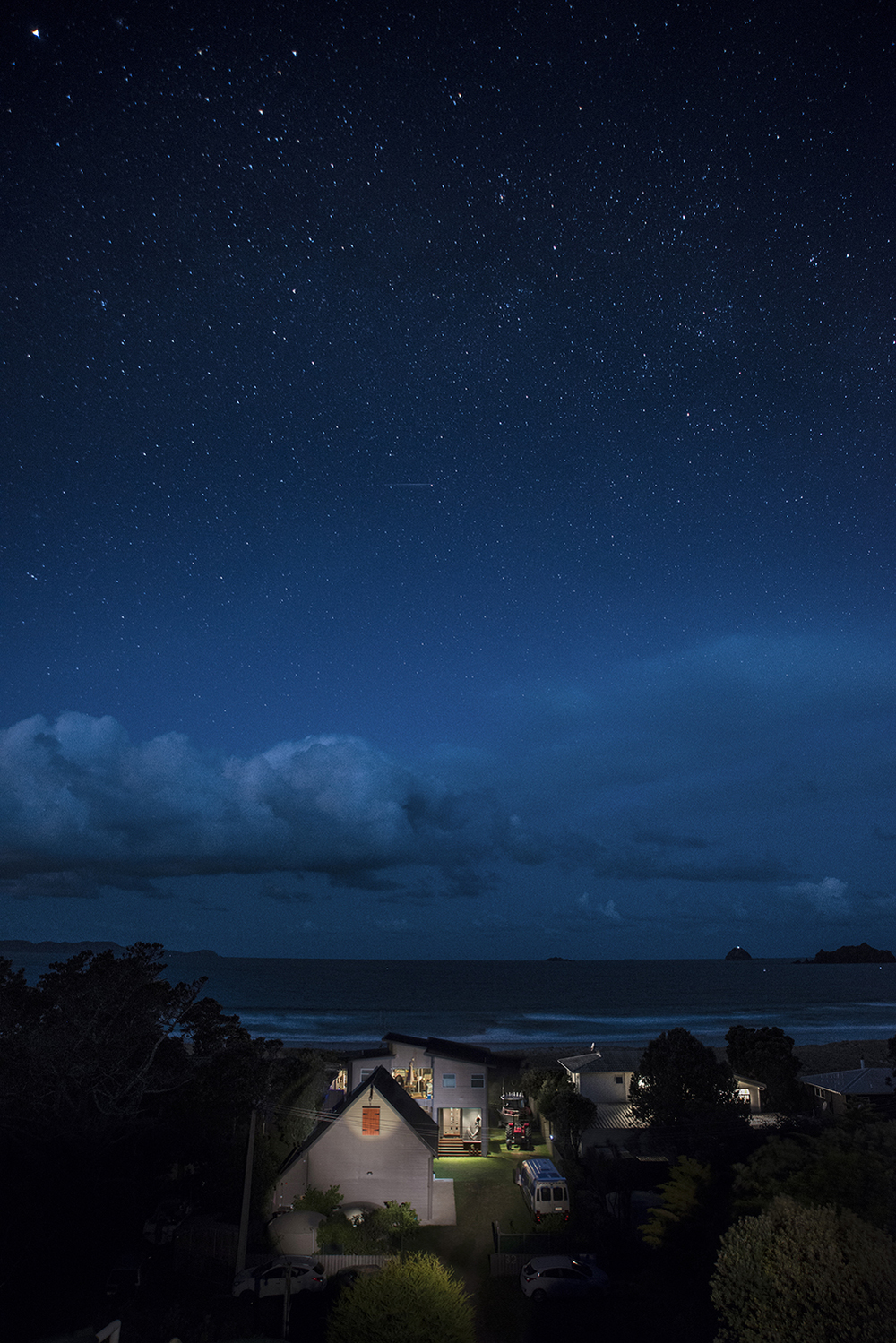 Night sky over Opito Bay