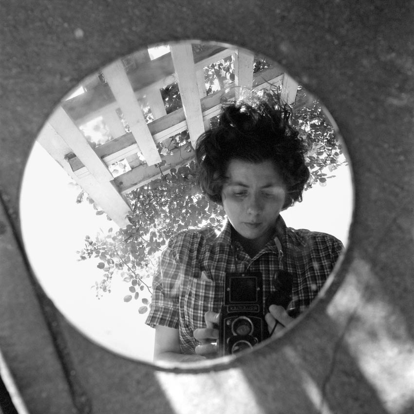 Vivian Maier self portrait.jpg