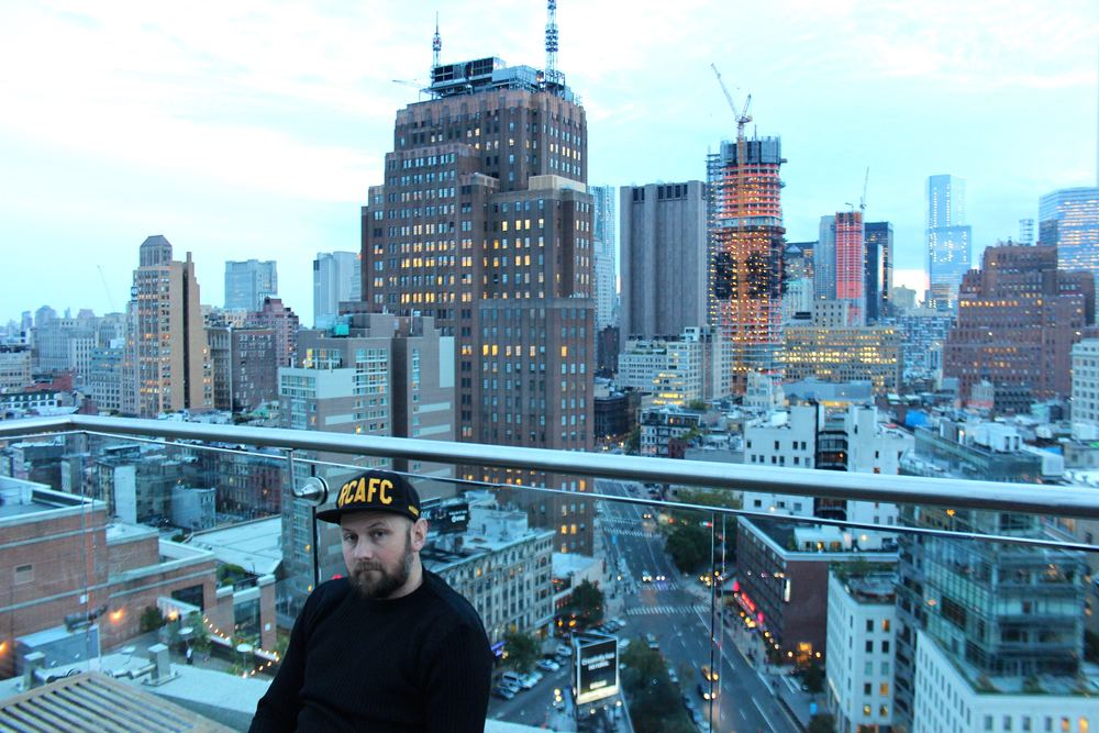 The Jimmy Rooftop in NYC - the most spectacular views of the city at dusk, complete with gorgeous drinks.