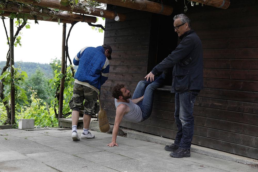 on set with director Christian von Castelberg