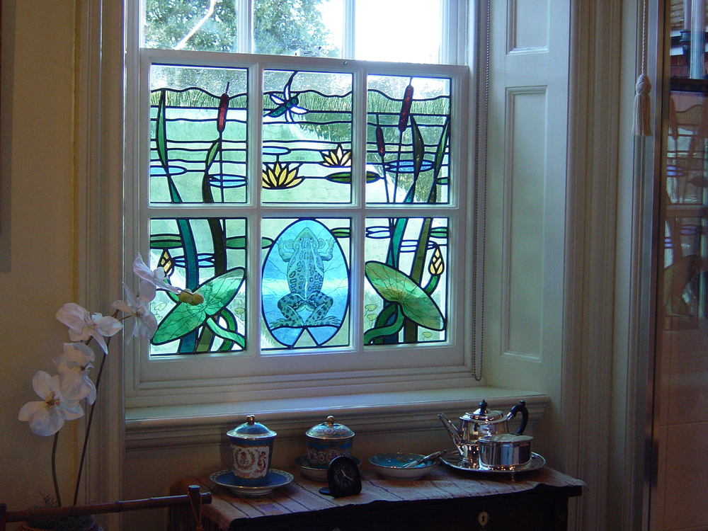 Frog bathroom window, Selling, Kent.