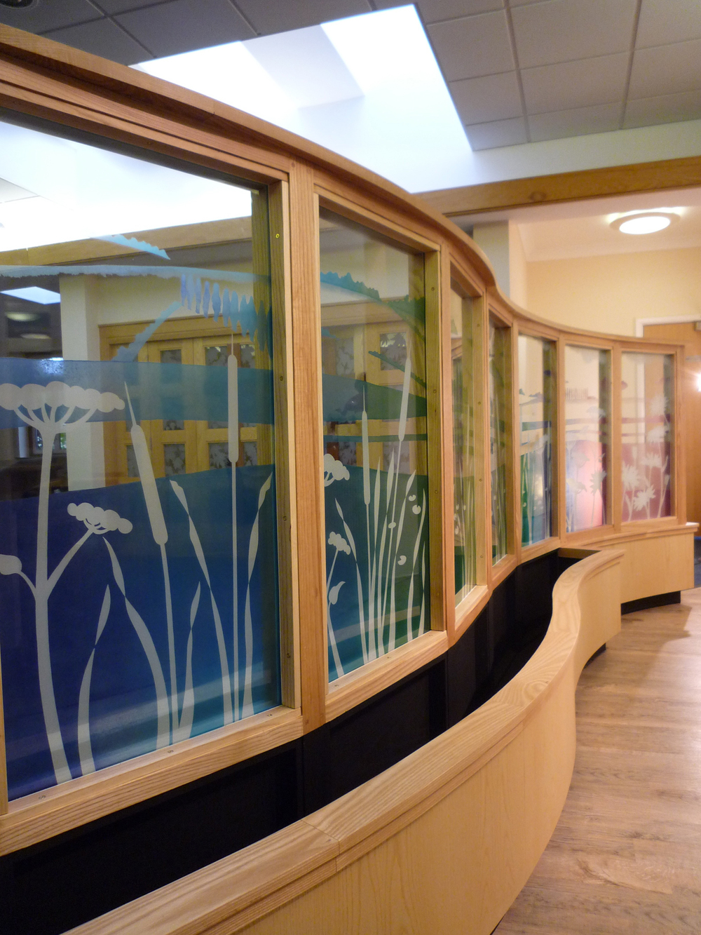 Glass screen in Main entrance, Pilgrim's Hospice, Ashford.