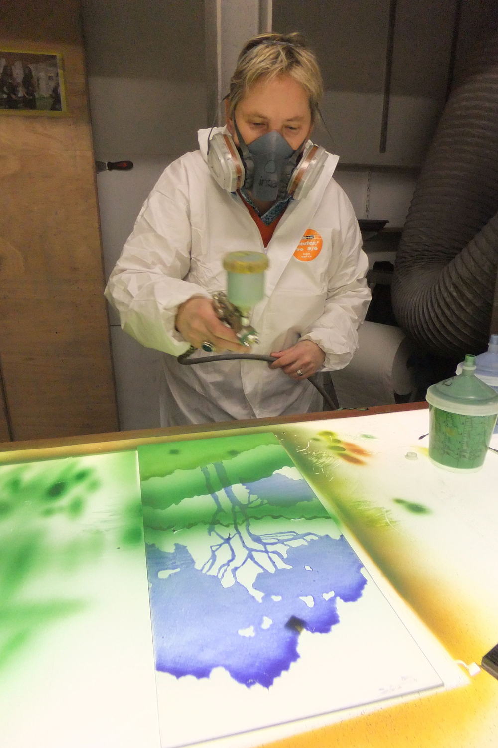 Air-brushing a sample