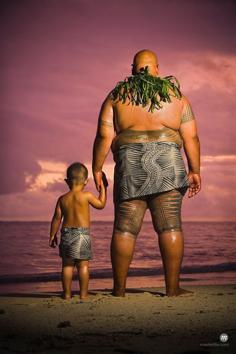 Father and Son on Beach, Upolu, Samoa  © R. Ian Lloyd / Masterfile