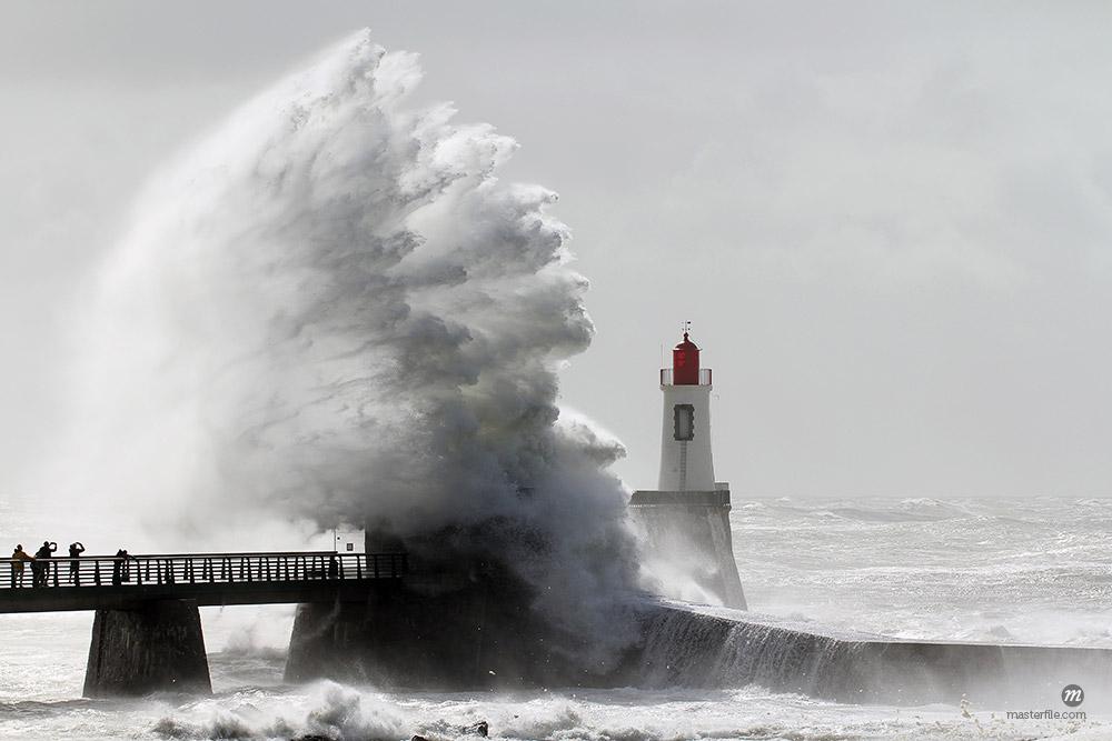 Storm on a lighthouse (Les Sables d'Olonne – France) © Thomaspajot / Masterfile