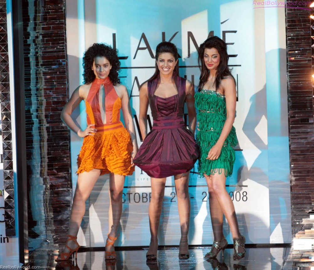 Priyanka Chopra, Kangna Ranaut and Mugda Godse take on the catwalk and everything that it brings with it in the 2008 Bollywood movie  Fashion    (फैशन)