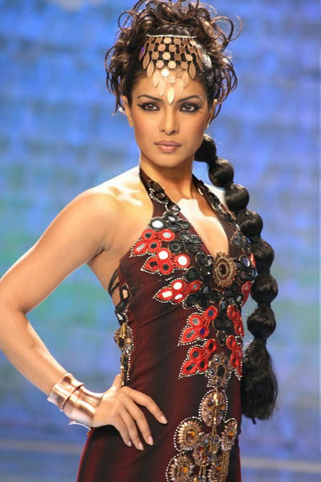 fashion-priyanka-chopra.jpg