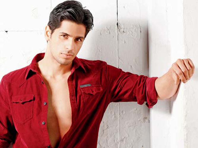 Sidharth Malhotra will be seen in Mohit Suri's  The Villain