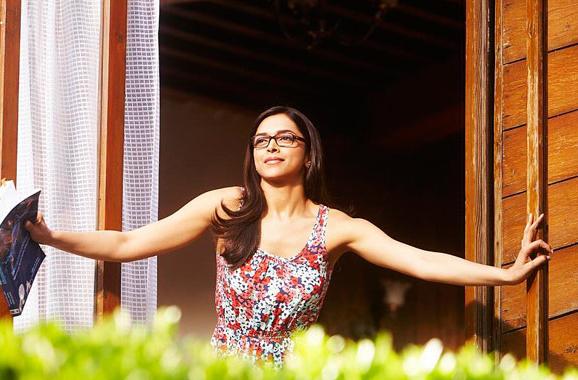 Deepika as Naina Talwar in Yeh Jawaani Hai Deewani