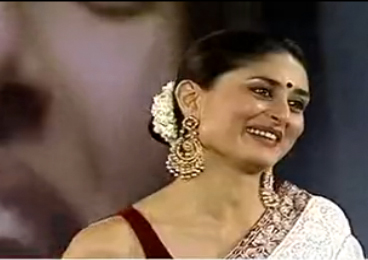 Kareena Kapoor at the award ceremony on 15 April 2013