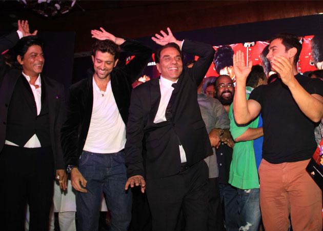 SRK, Hrithik, Aamir and Dharmendra shake a leg