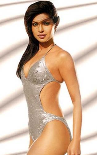 Priyanka-Chopra-Hot-Dostana-Movie-Hot-Images-Stills-Gallery-Pictures-Photos-11.jpg