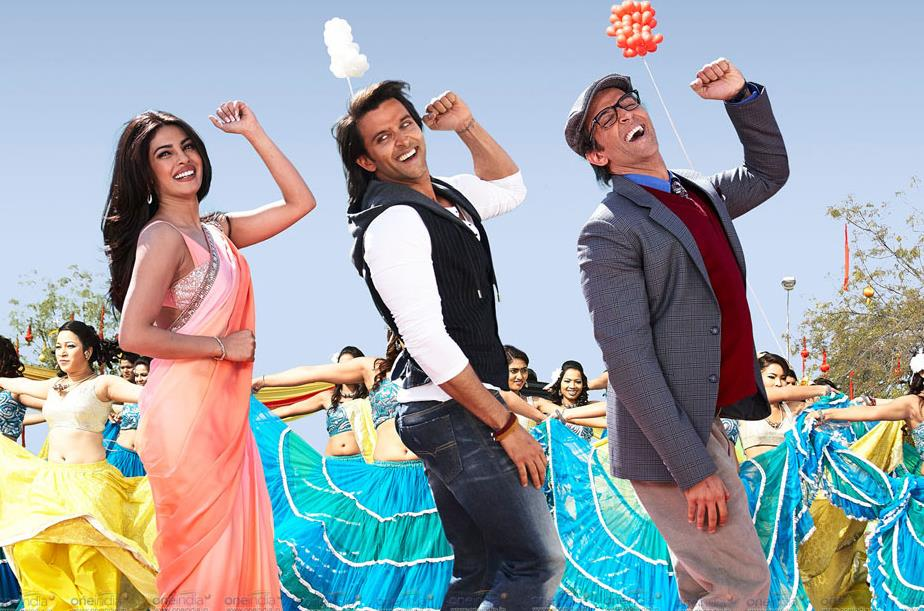 Hrithik Roshan's superhero flick  Krrish 3  has taken a flying start at ticket windowd