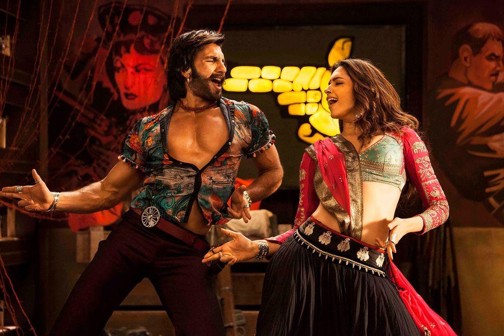 Ranveer-Deepika shine in Ram-leela and the chemistry between them is electric