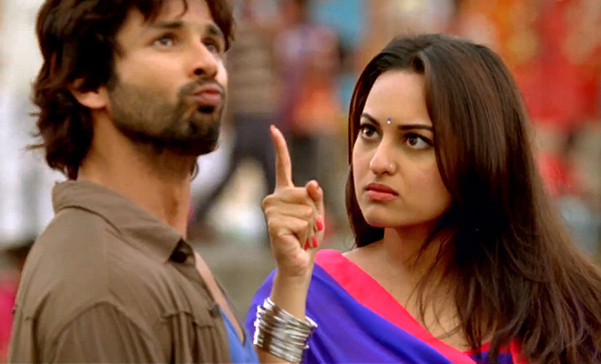 Shahid with Sonakshi Sinha in R... Rajkumar